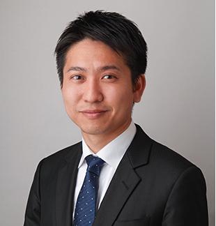私(齋藤)は日系証券会社、外資系証券会社にて上場企業同士のM&A案件に携わった後、中小企業専門のM&A仲介業者を経て独立。